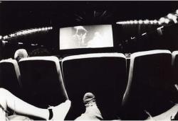 sala-escura-de-cinema